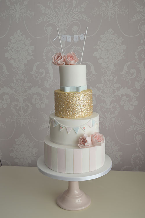 bespoke hull wedding cakes