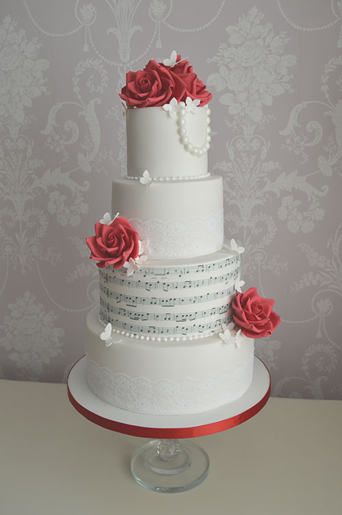 Hull musical wedding cakes