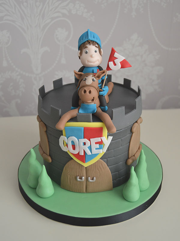 Mike the Knight boys birthday cake