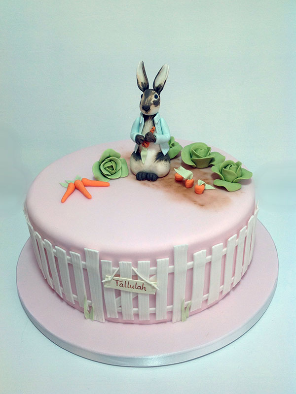 Girls rabbit cakes Hull