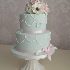 2 tier cake lesson classes hull yorkshire